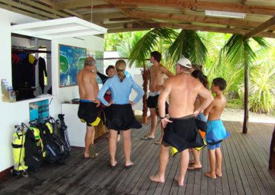 TOPDIVE dive center of Rangiroa -photo-G.LeBacon